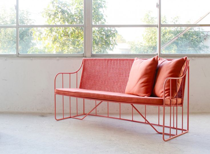 Umenodesign saku chairs maison et object designboom 02 for Living room of satoshi