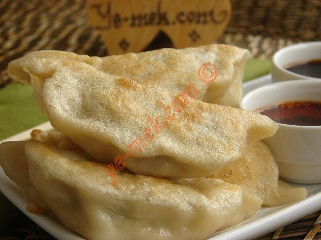 Çin Mantısı Resimli Tarifi - Yemek Tarifleri