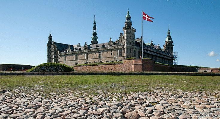 Kronborg slott, Helsingör, Danmark. Mycket fin utställning där man använt modern teknik på ett utmärkt sätt för att förhöja upplevelsen. Roligt och intressant för såväl stora som små.