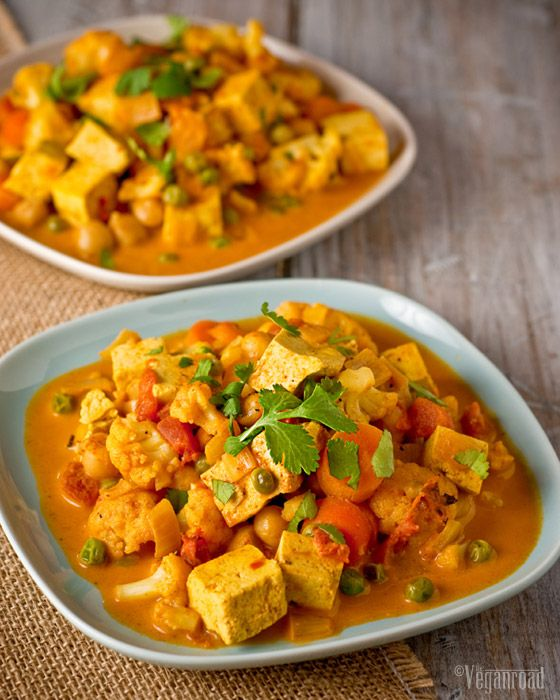 The Vegan Road: Cauliflower & Tofu Curry [Ooh, I have all the ingredients, think I'll make this tomorrow night.]