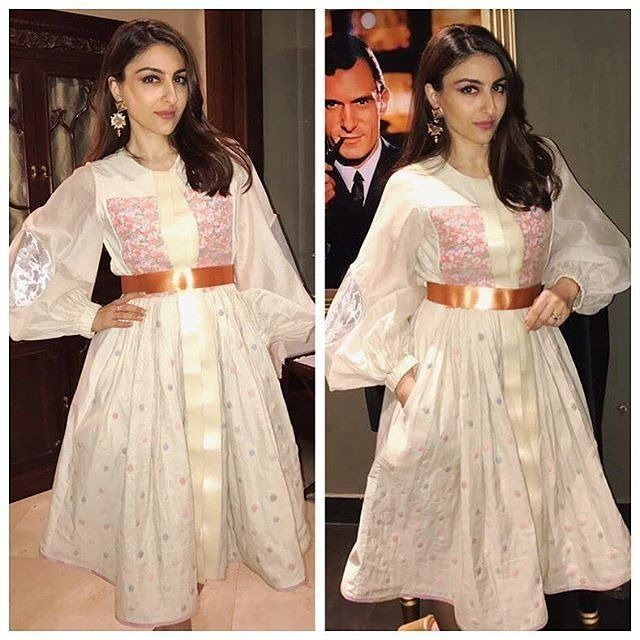 """""""Rate the Look 👉 1... 🔟 Soha Alia Khan in Amit Aggarwal @Bollywoodstylefile ❤❤❤ . Outfit ~…"""""""