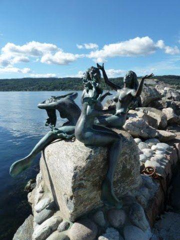 Drøbak Mermaid Statues