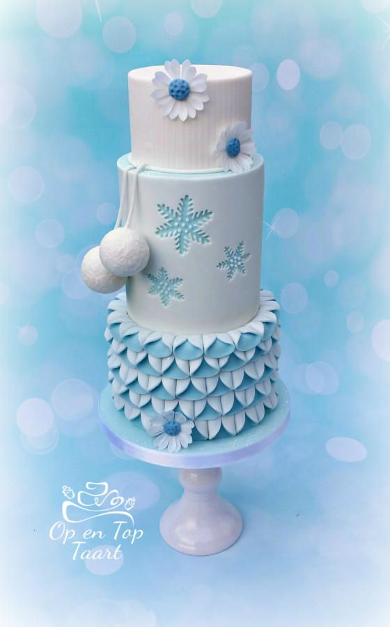 Winter Wonderland Cake by Op en Top Taart