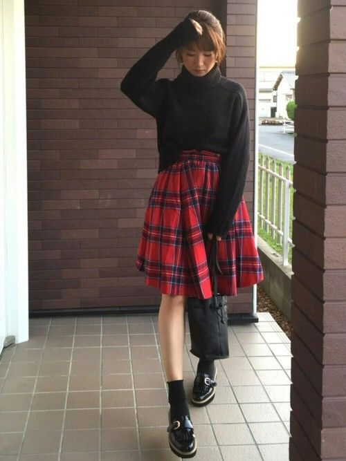 またお気に入りのORiental TRafficの厚底ローファー☆ 去年買ったチェックのスカートと