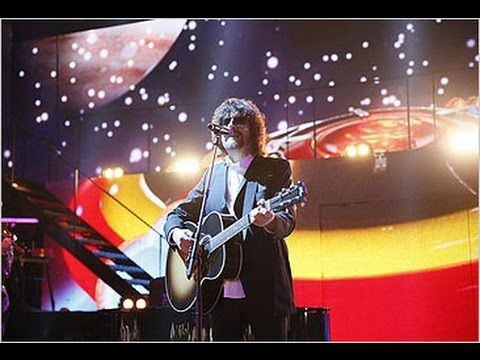 ▶ Jeff Lynne & Richard Tandy on Stage Live 2013 ELO Livin' Thing & Mr Blue Sky, Children in Need Rocks - YouTube