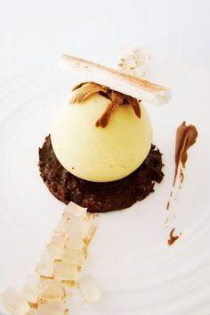 °°popote de véro°°: Cremeux de poire, coeur chocolat et croustillant praline...