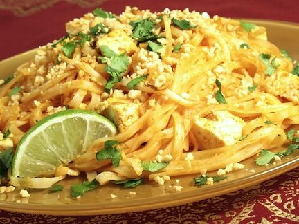 Easy Vegan Pad Thai Pad Thai Noodles are the best at any THAI ...
