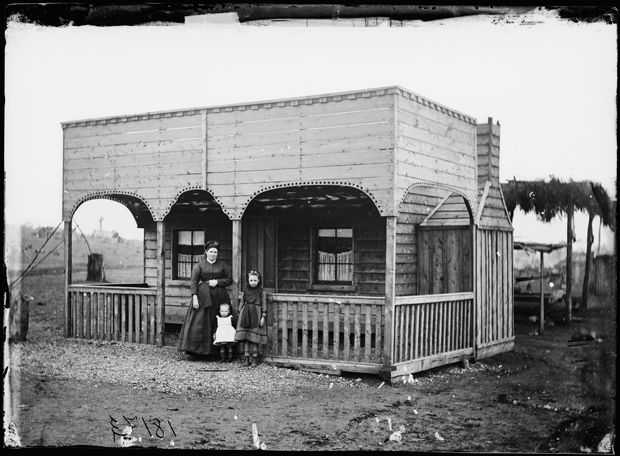 J. Heins's cottage, Gulgong, NSW, 1872. - Photo Credit: Beaufoy Merlin / Charles Bayliss - a part of Australia's history from the late 1800s depict the heady excitement of Australia's Gold Rush period.