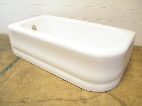Columbus Architectural Salvage   Left Hand Drain Apron Bathtub