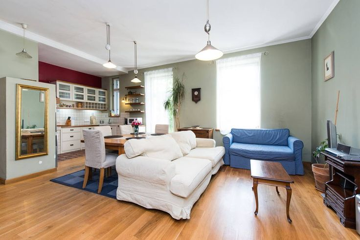 Apartment in Krakow, Poland. Homely 3 bedroom city enter apartment on 2nd floor! - 3 separate bedrooms - living room with dining table - equipped kitchen  - bathroom with bath and shower - balcony - no limit wi-fi - peaceful location in City Center  We have place for up to 8 ...