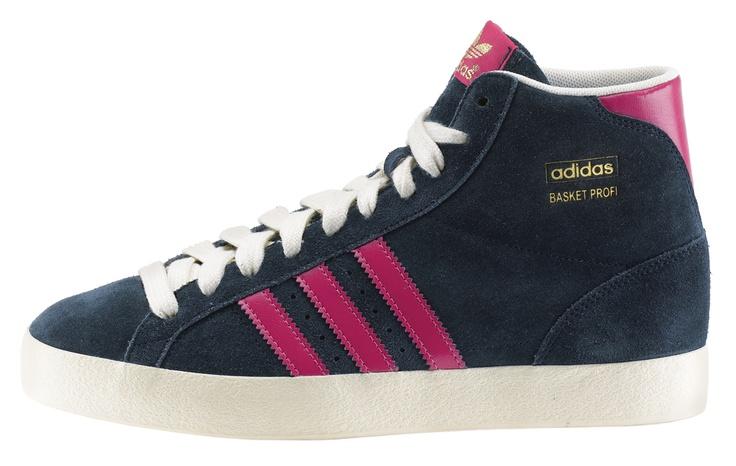 adidas Basket Profi Suede è una scarpa donna in suede con suola in gomma vulcanizzata.    Prezzo: 100,00€    SHOP ONLINE: http://www.aw-lab.com/shop/adidas-basket-profi/adidas-w-basket-profi-suede-5039313