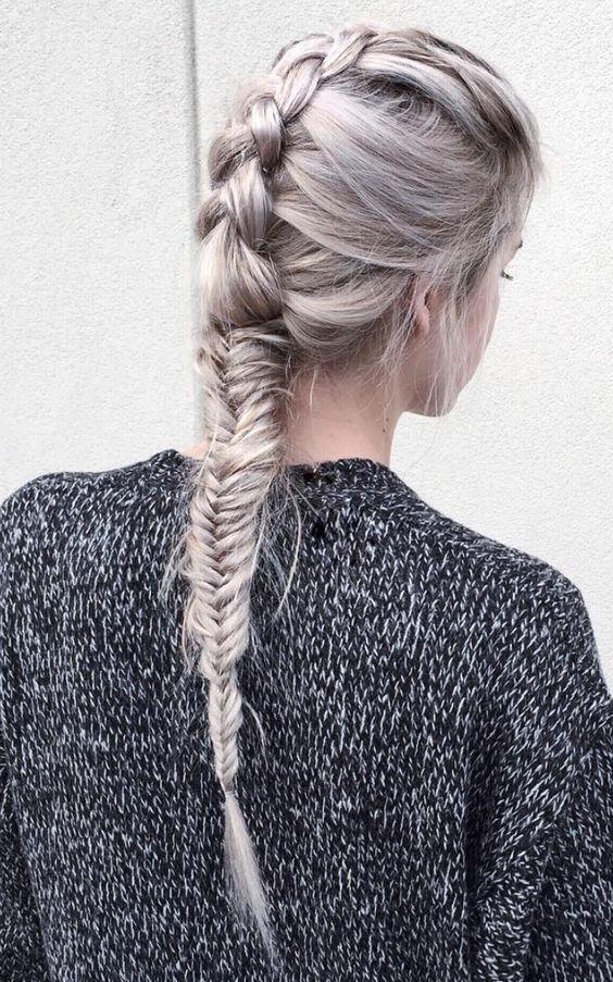 Lang haar is echt ideaal om mooie vlechten te creëren. Welke vlecht techniek is jullie favoriet? - Kapsels voor haar