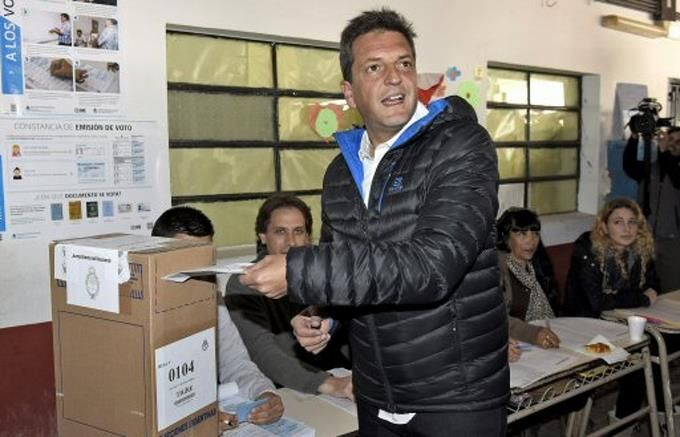 Candidatos A Presidencia Argentina Madrugan Para Votar E Instan A Participar