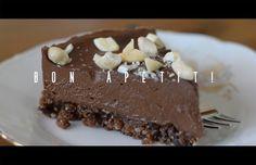 raw pařížský dort (banán, Kešu ořechy, Kokosový olej, raw kakao, vlašské ořechy)