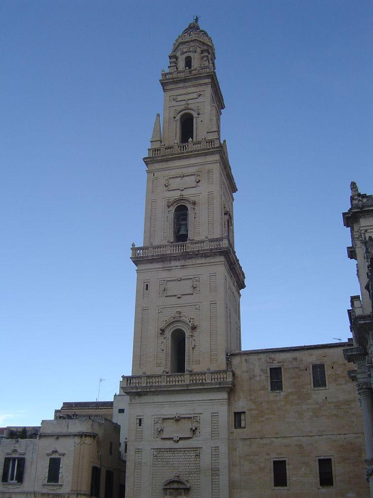 Bell tower - Lecce http://www.pugliaandculture.com/touristic-places-in-puglia/lecce-the-baroque-town