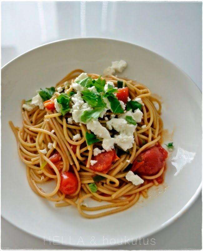 http://hellajahoukutus.blogspot.fi/2014/06/yhden-kattilan-pasta.html
