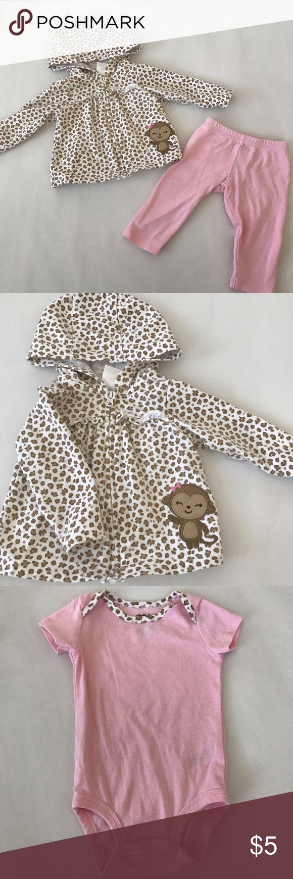 Carter's 3 Piece Set Ones with: Animal print zip-up hoodie, pants, and matching bodysuit (animal Print trimming on the collar) Carter's Matching Sets