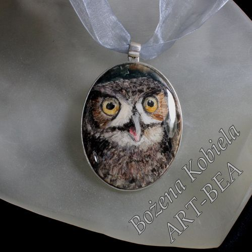 biżuteria - sowa - ręcznie malowana z ceramiki oprawa srebro -; więcej na www.kobiela.sgl.pl  - Bożena Kobiela