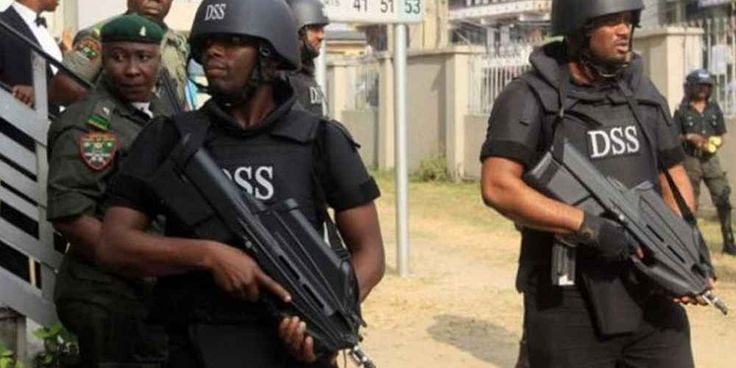 """Top News: """"NIGERIA: $800,000 Seized In Raids On Judges - DSS"""" - http://politicoscope.com/wp-content/uploads/2016/03/DSS-Nigeria-Headline-News-790x395.jpg - The Department of State Services (DSS) said preparations were being made to bring criminal charges.  on Politicoscope - http://politicoscope.com/2016/10/10/nigeria-800000-seized-in-raids-on-judges-dss/."""