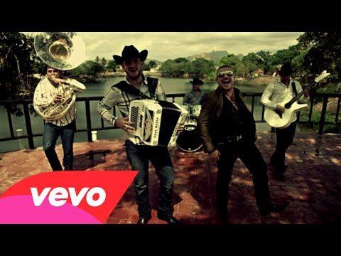▶ Calibre 50 - Qué Tiene De Malo ft. El Komander - YouTube