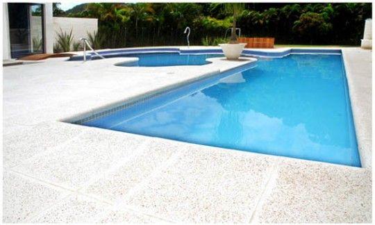 piso-antiderrapante-piscina