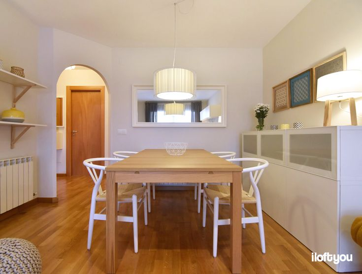 #proyectoguissona #iloftyou #interiordesign #interiorismo #ikea #ikalover #ikeaaddict #dinningroom #livingroom #bjursta #besta #zarahome #wegnerchair #maisonsdumonde #faroiluminacion #linda #stave