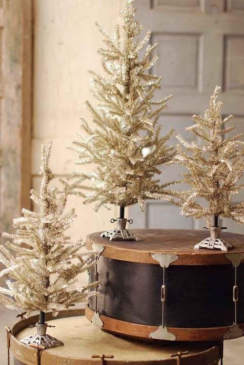 Patinum Christmas Tree   Aluminum Tinsel Christmas Trees at TheHolidayBarn.com