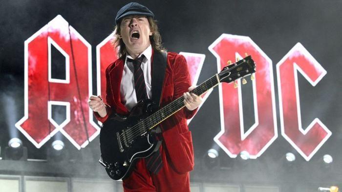 Lagu Terbaik AC/DC - Daftar 10 Tembang yang Wajib Kamu Dengar Dari Band Asal Australia Ini