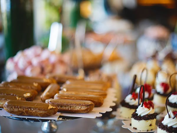 Afternoon tea or high tea, second breakfast or elevenses: whatever you call it and whatever time you take it, these are a few of our favourite places in South Africa to order a high tea.