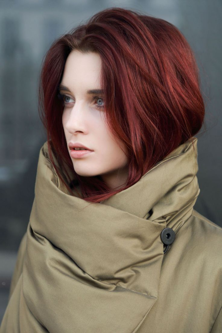 The Griffin Short Down Coat is a great little shape in a classic style. Made from the famous ITS Artea Cotton based in North Italy. We've mixed this with wool from the historic textile manufacture Harris Tweed, handwoven in the Outer Hebrides of Scotland. Made by local artisans in one of the most remote places in the world, this cloth is truly something special. #fashion #Griffin #AW14 #heritage #british #Womenswear #inspiration #sustainability #innovation #outdoors #modern #luxury…