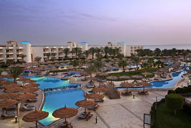 Hilton Hurghada Long Beach £565 14 nights, All Inc. 12th Jan? Travelbag. FLights from Man, with T Cook. 4/5 stars Tp Adv. from 4000 reviews. 84/222 hotels in Hurghada.