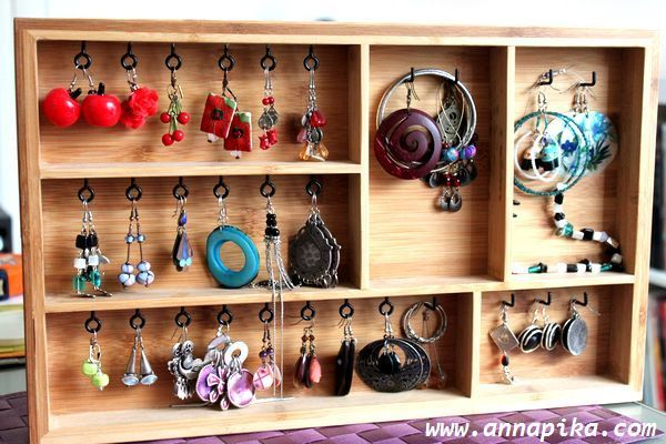 Ikea cutlery drawer hack diy make a nice wood jewelry display jewelrym - Ikea rangement bijoux ...