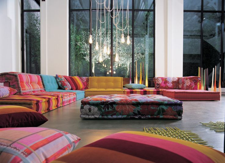 Roche Bobois First Introduced The Modular Mah Jong Sofa More Than 30 Years  Ago. This Year, They Present The Eleventh Edition Vintage Mah Jo.