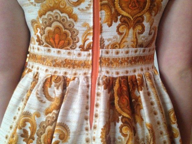 Håndarbeiden » Gamle gardiner ble kjoler - - omsøm - søm - sying - craft - DIY - Fretex - gjenbruk - kjole -