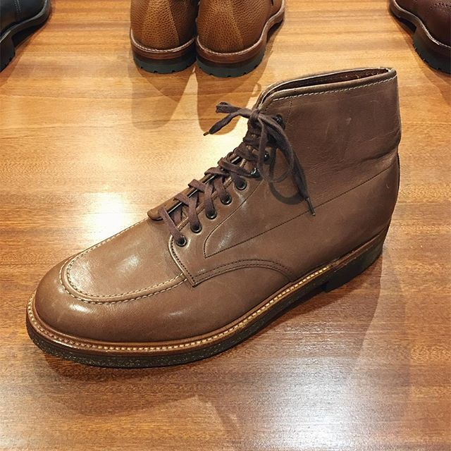 brickmortarseattle Our awesome Alden rep Steve brought us a deadstock 1979 Original Indy Boot. This is as close to the ones worn in the first Indiana Jones movie that we've had in-store. // #BrickMortarSeattle 2016/10/02 07:18:08