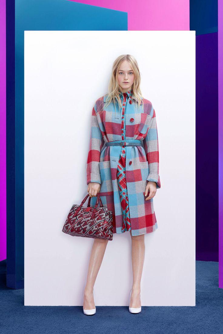 https://www.vogue.com/fashion-shows/pre-fall-2018/bottega-veneta/slideshow/collection#20