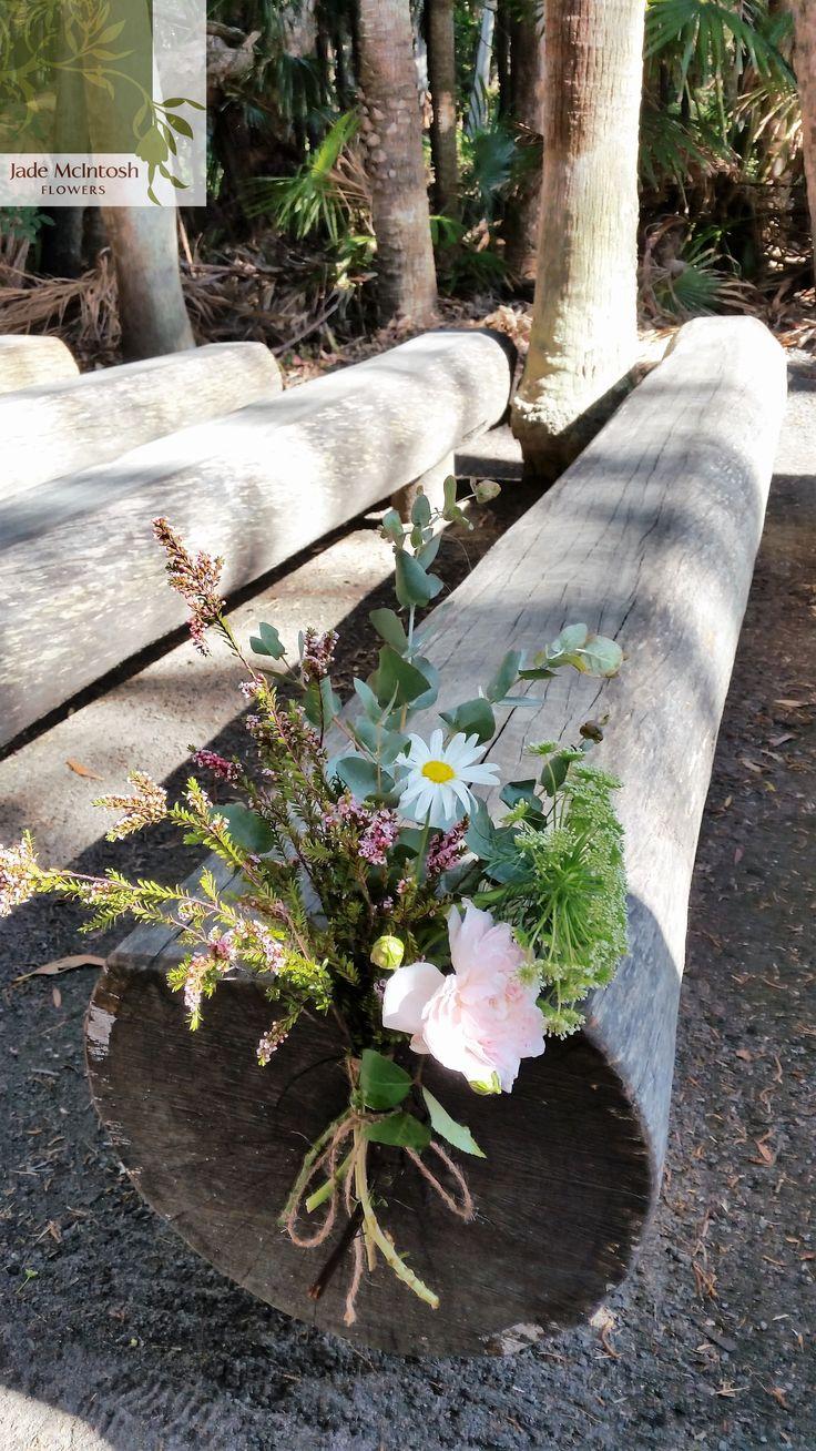 Whimsical, organic loose unstructured posies. http://jademcintoshflowers.com.au