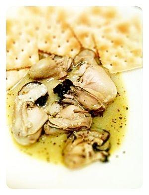 岩牡蠣のガーリックソテー