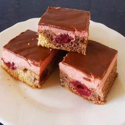 Csokis meggyes sütemény
