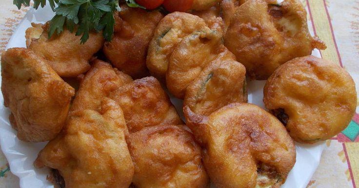 Mennyei Cukkini karikák tejfölös,fokhagymás bundában recept! A mai ebédünk, friss gyenge cukkiniből készült.