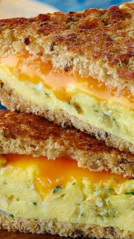 Egg 'n Grilled Cheese Sandwich // add some guacamole or fresh slices of avocado