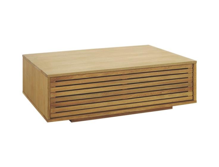 Max sofabord i oljet eik. Dimensjoner: L108,5 x H34 x B80cm. Kr. 3545,-