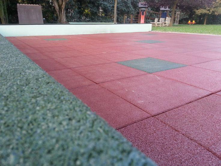 Pavimento modulare in gomma con superficie liscia ecologica giardini terrazzi gazebo percorsi pedonali riabilitazione asili scuole casa idee abitative