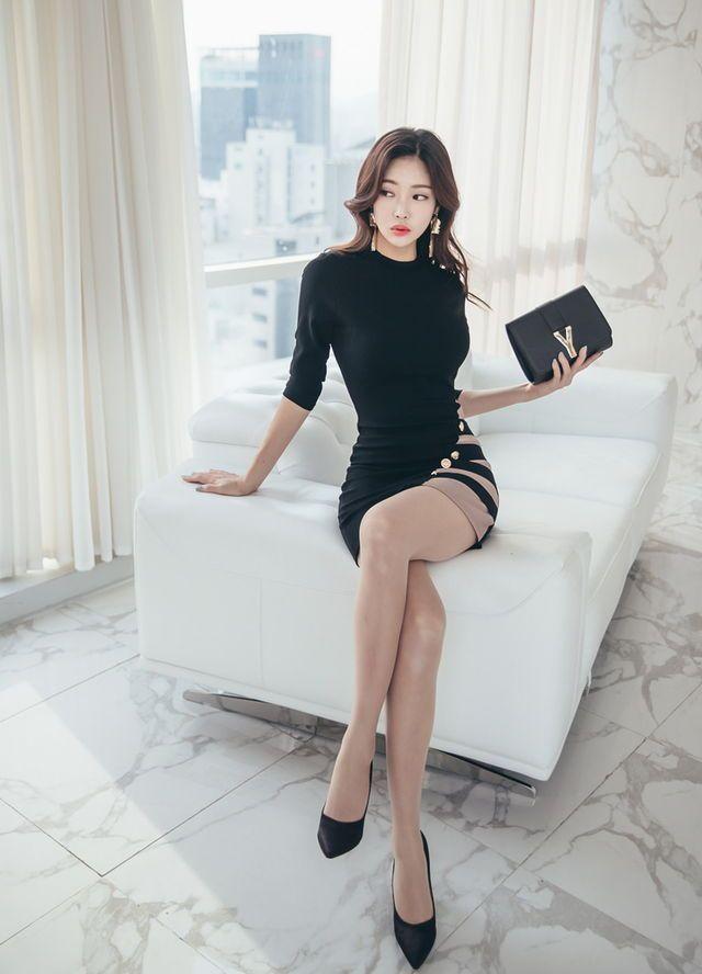 Jung Yun 정윤 한국 패션 여성 패션 및 패션