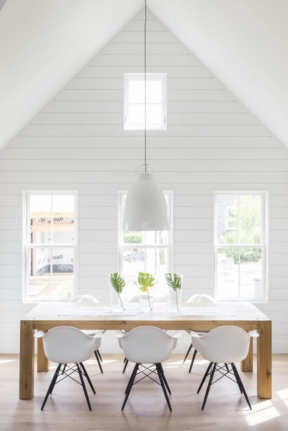 ship lap wall o vaulted ceiling with clearstory windows | This no-distractions dining room simply couldn't look more fresh.