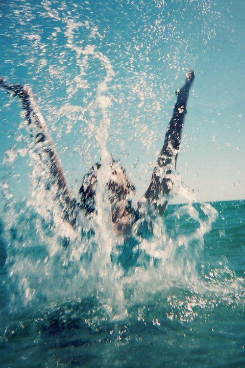 < making a splash >