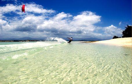 #Kitesurfing at #Tevakaroa Villas #MuriBeach #Rarotonga #CookIslands