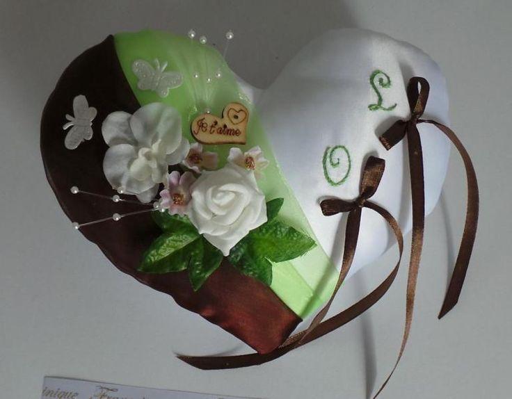 coussin alliance coeur vert anis chocolat, nature champêtre papillons