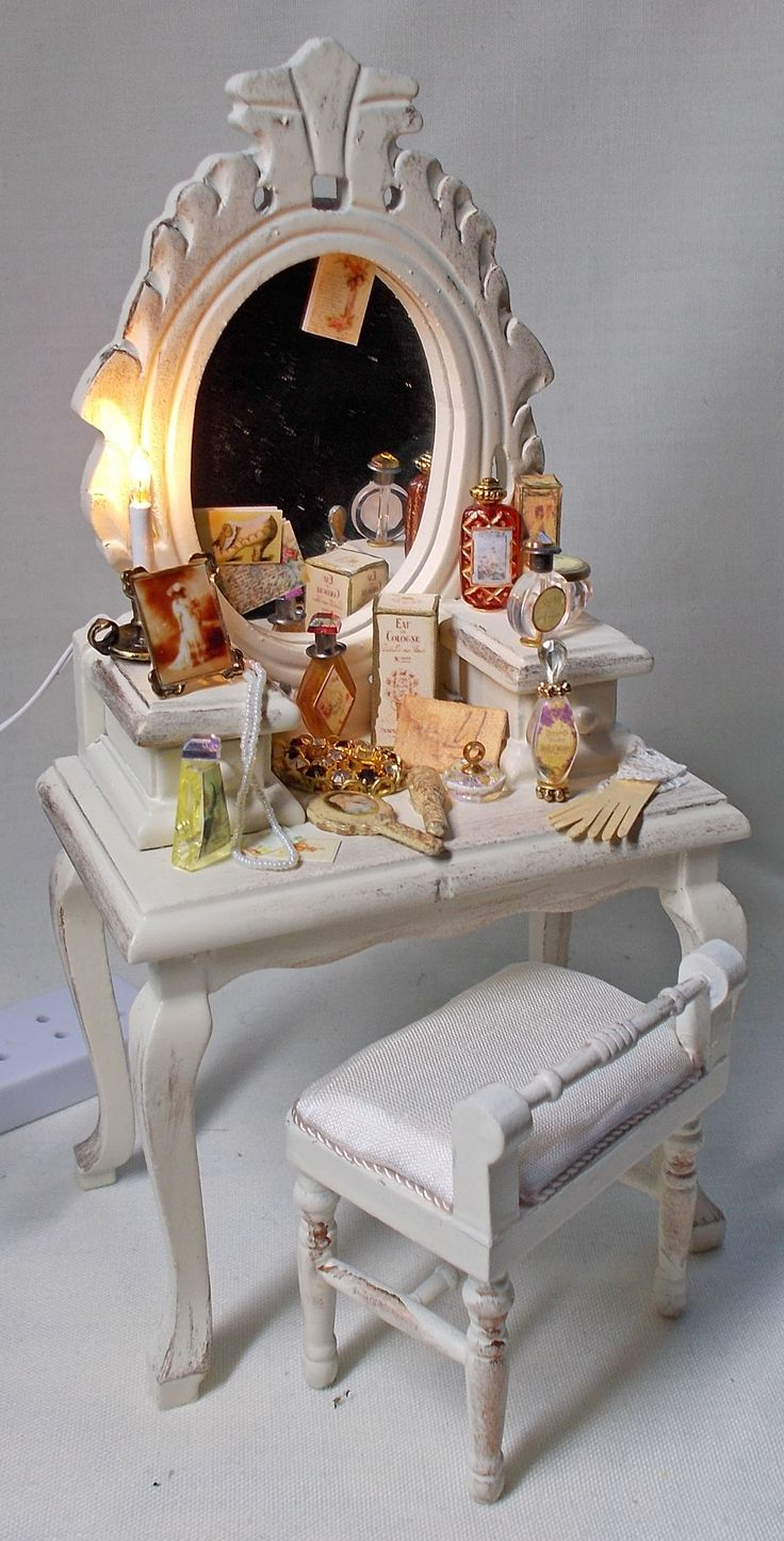 UNIQUE MINIATURES - By Val Harper - Antiqued Filled Dressing Table