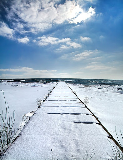 17 best images about great lakes on pinterest lakes ice for Lake erie pier fishing